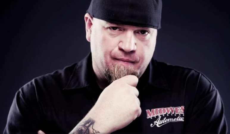 Murder Nova, AKA Shawn Ellington, in a preview clip for Street Outlaws Season 6