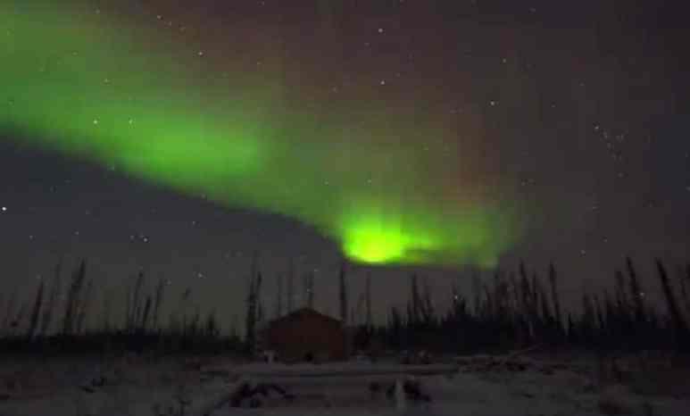 Still of the northern lights footage on The Last Alaskans