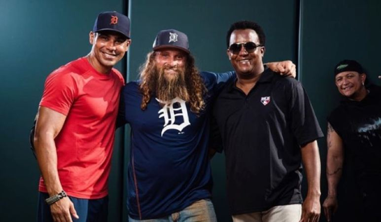 Diesel Brothers are tasked with helping baseball star Miguel Cabrera