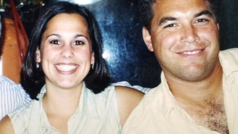 Laci Peterson with husband Scott smile in a photo