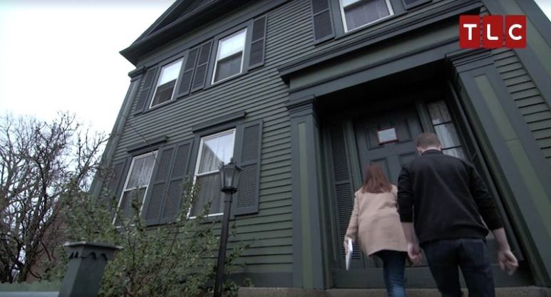 Adam and Amy arriving at the Lizzie Borden House