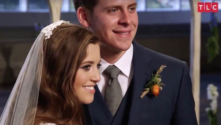 Joy-Anna Duggar and Austin Forsyth on their wedding day on Counting On