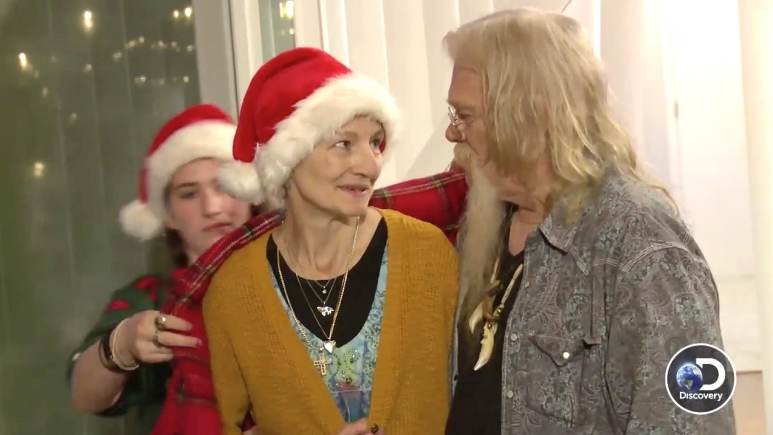 Ami and Billy Brown on the Alaskan Bush People Christmas special