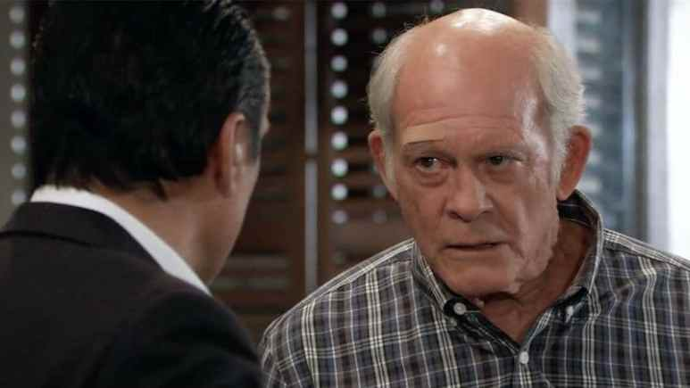 Mike talking to Sonny on General Hospital