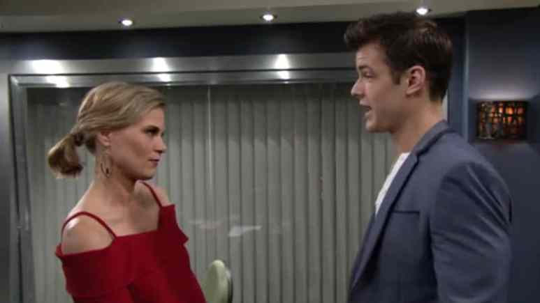 Phyllis and Kyle talking on The Young and the Restless