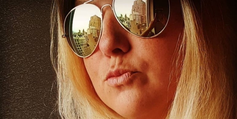 Scottie Deem shares a sunglassed selfie on Instagram