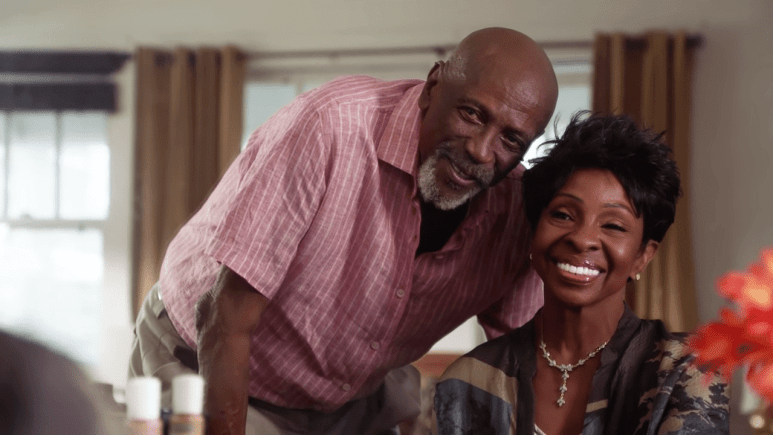 Thanksgiving brings Grover's parents (guest stars Louis Gossett Jr. and Gladys Knight) and brother Percy, Jr. (Clifton Powel) to Oahu for a visit