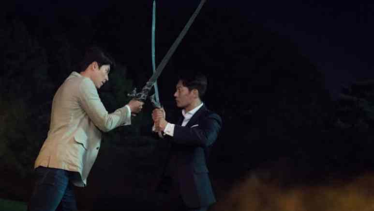 Yoo Jin-woo and Cha Hyung-seok fighting
