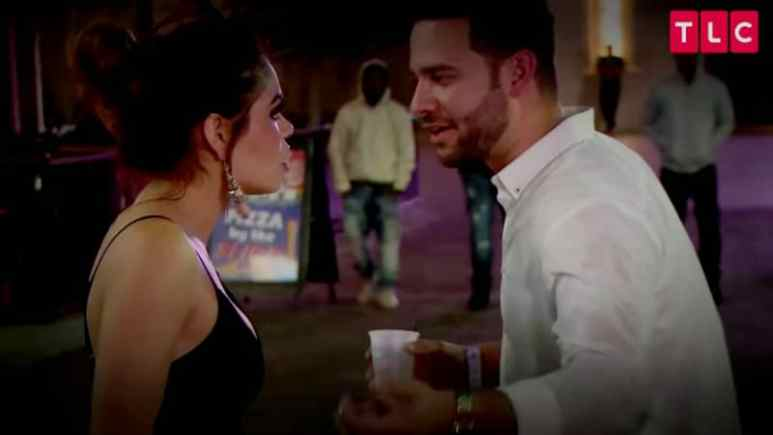 Fernanda Flores and Jonathan Rivera argue on 90 Day Fiance