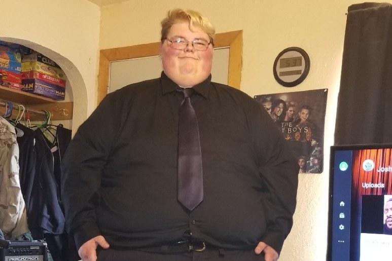 Garrett sta continuando il suo percorso di perdita del peso. (Go Fund Me, Facebook)