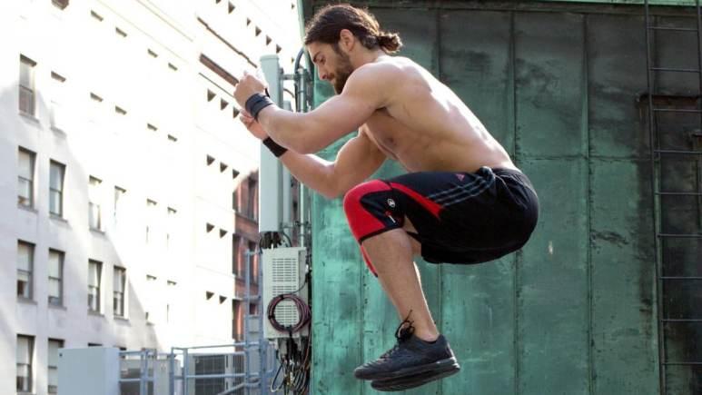 Seth Rollins practices CrossFit