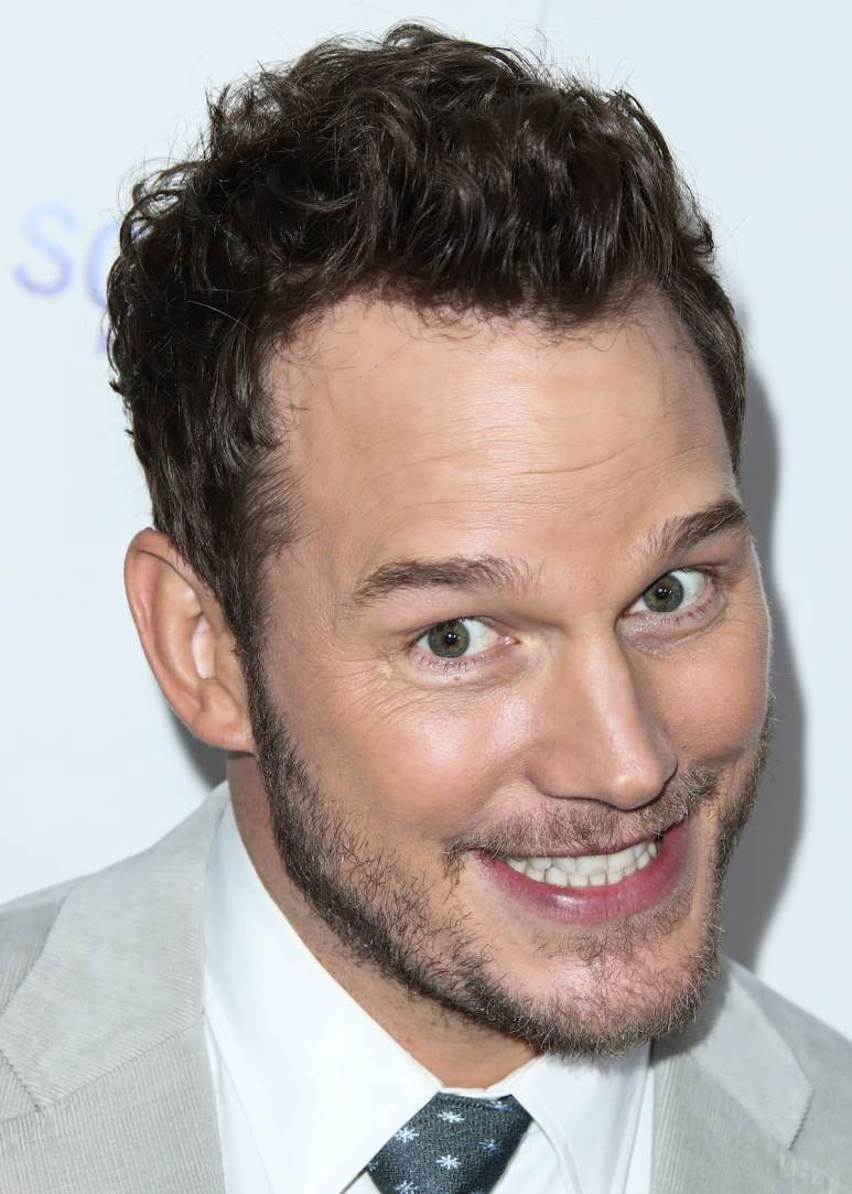 Chris Pratt grinning