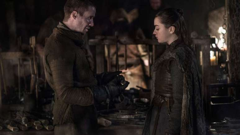 Maisie Williams and Joe Dempsie in Game of Thrones
