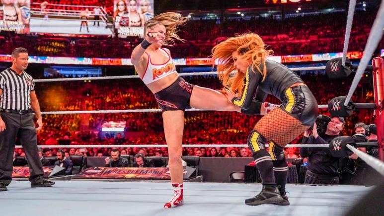 Becky Lynch says Ronda Rousey couldn't handle WWE schedule