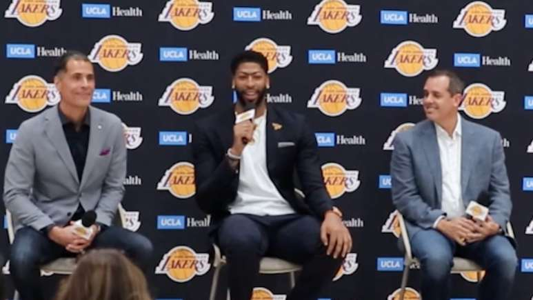 anthony davis speaks at his first official lakers press conference