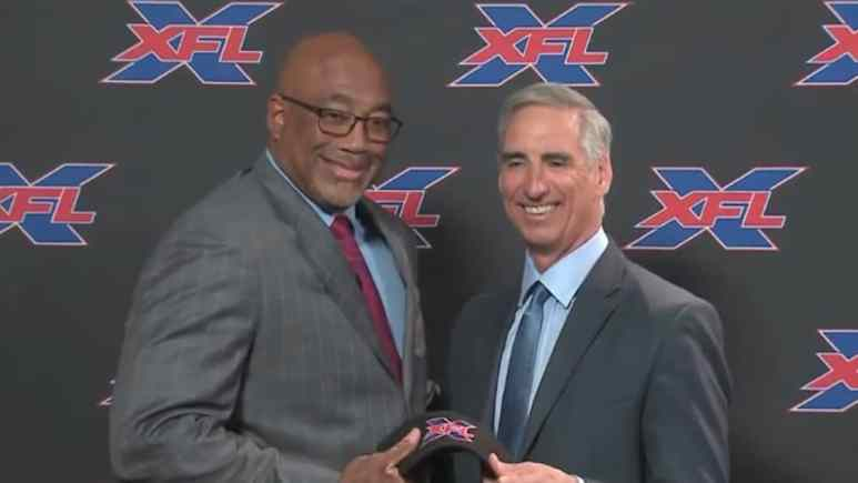 st louis battlehawks head coach with xfl commissioner