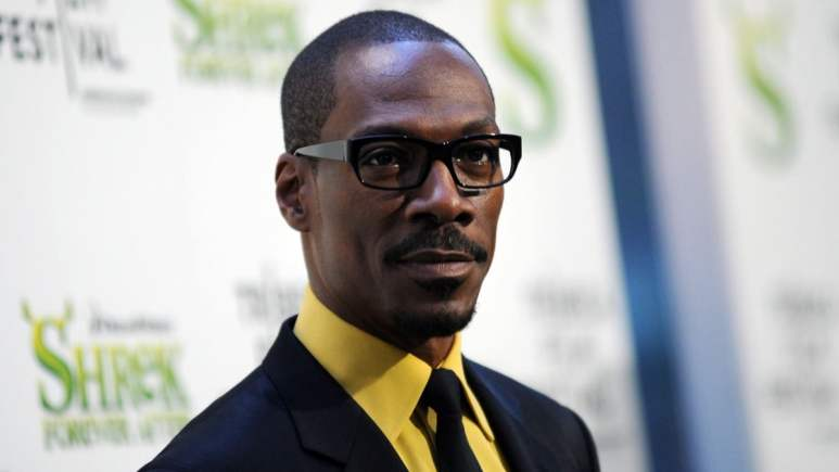 Eddie Murphy promising a stand up tour