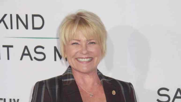 Judi Evans at an event.