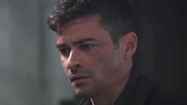 Matt Cohen as Griffin Munro on General Hospital.