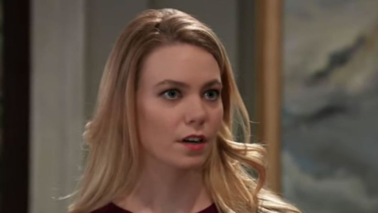 Chloe Lanier as Nelle on General Hospital.