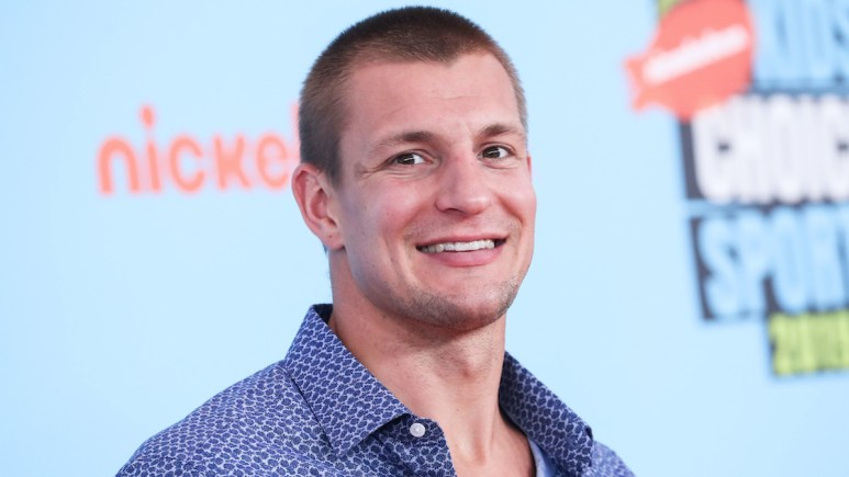 nfl star rob gronkowski to host wrestlemania 36