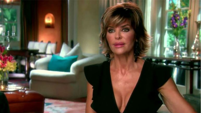 RHOBH star Lisa Rinna bares all for new campagain.