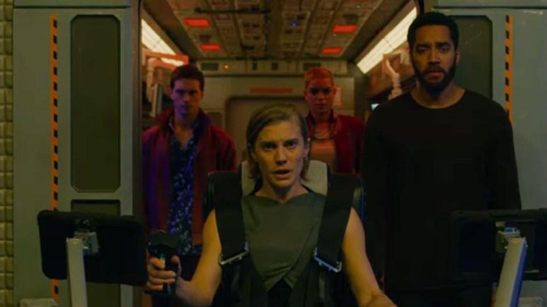 Screenshot of the crew of the Salvare