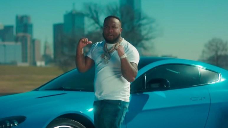 Rapper Mo3 music video