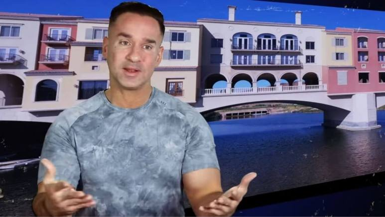 Mike Sorrentino during an episode of Jersey Shore Family Vacation