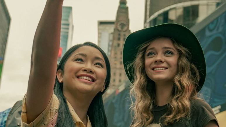 Lana Condor and Madeleine Arthur in To All the Boys 3.