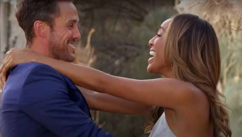 Zac and Taysia get engaged