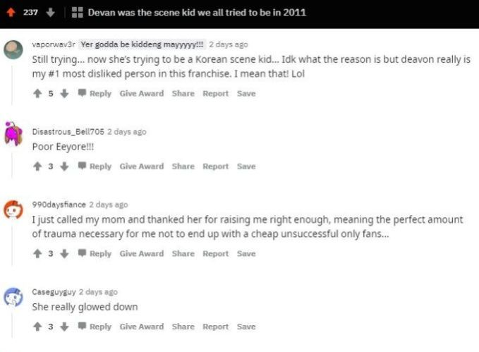 Reddit users commenting on throwback photos of Deavan Clegg from 90 day Fiance
