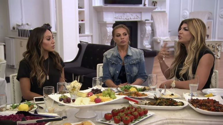 RHONJ star Teresa Giudice starts new feud with Jackie Goldschneider, castmates react