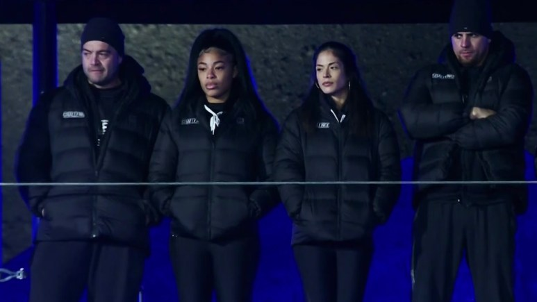 competitors at the crater in the challenge double agents episode 14