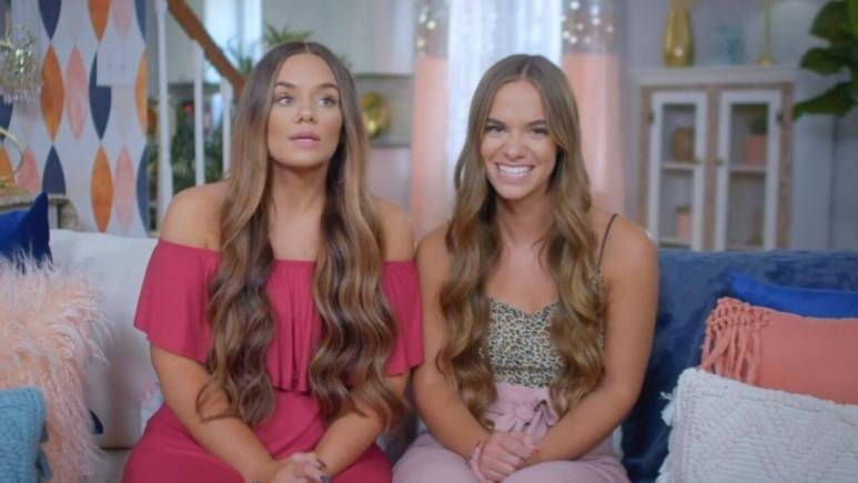 Brooke and Bailey from Extreme Sisters
