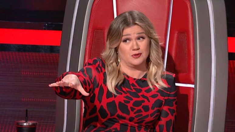When will Kelly Clarkson be back on The Voice?