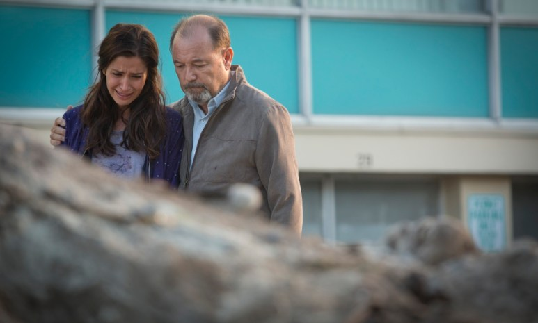 Mercedes Mason as Ofelia and Ruben Blades as Daniel Salazar, as seen in Episode 6 of AMC's Fear the Walking Dead Season 1