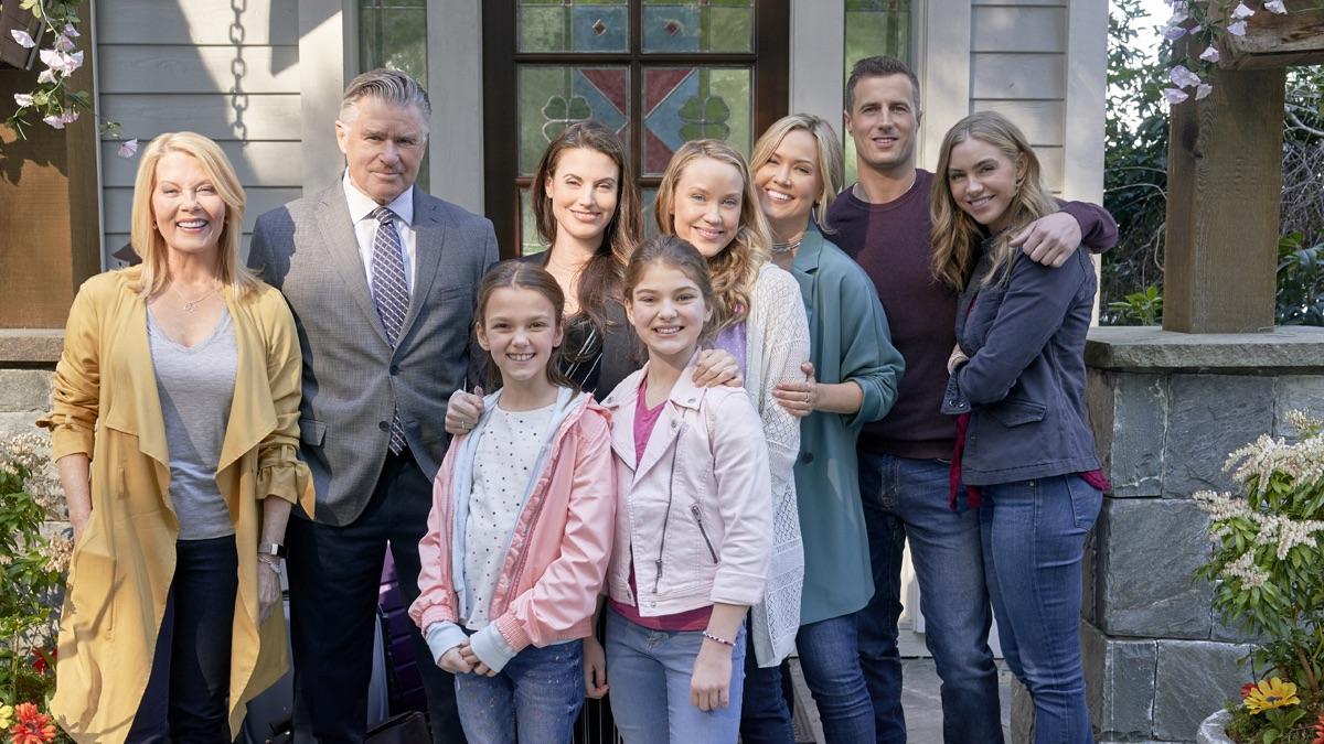 The O'Brien family on Chesapeake Shores