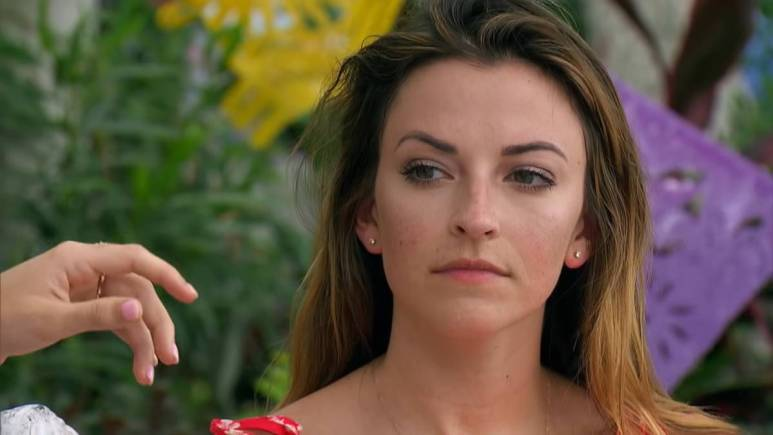Tia Booth films for Bachelor in Paradise
