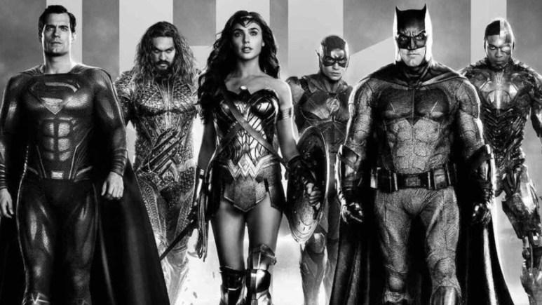 Zack Snyder supports #RestoreTheSnyderVerse JL.
