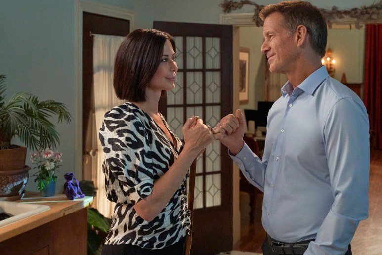 Catherine Bell and James Denton.