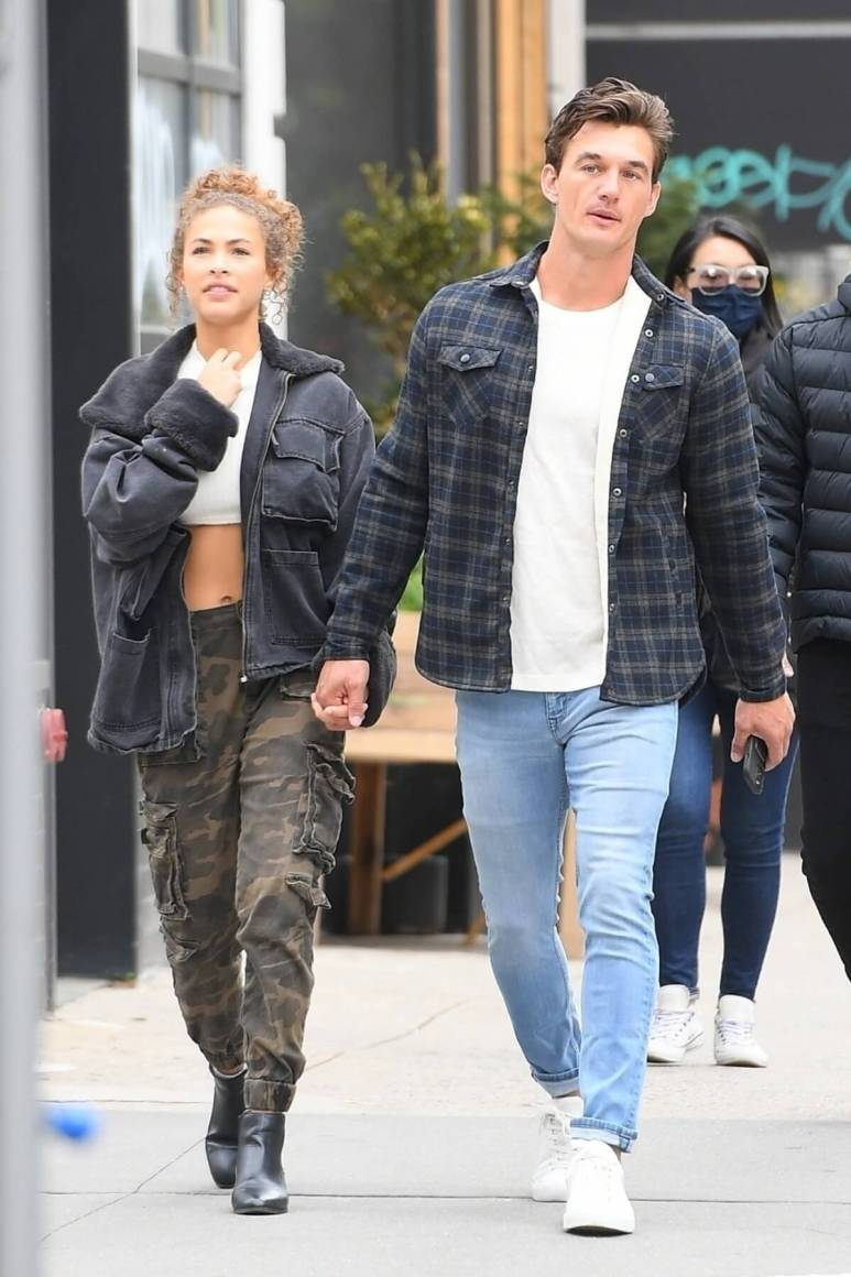 Tyler Cameron and Camila Kendra on the streets of NYC.