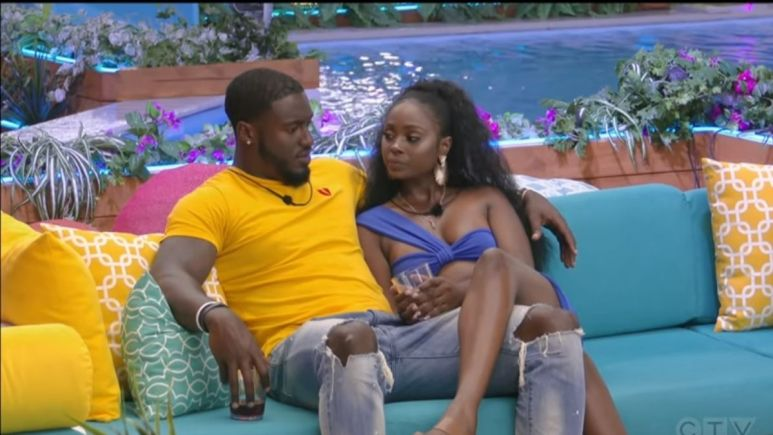 What does Casa Amor mean for the OG islanders on Love Island USA?