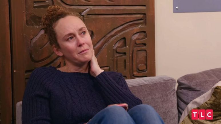 90 day Fiance newbie Ellie Rose gets emotional after not hearing from Victor following Category 5 hurricane