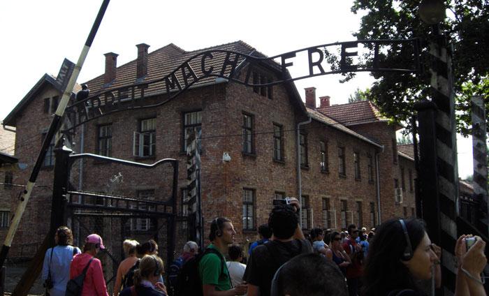 Visita-Auschwitz, Polonia