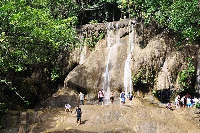 que-ver-kanchanaburi-cascadas
