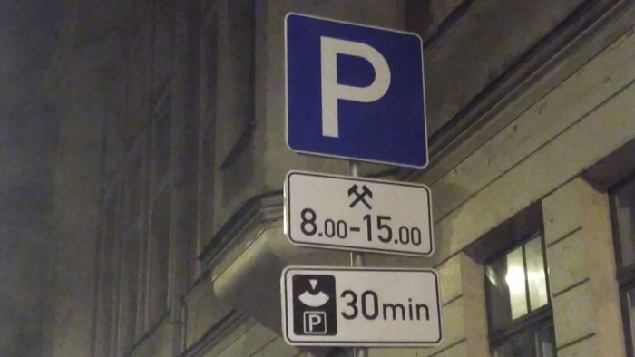 Consejos-viajar-Repúblicas Bálticas-aparcamiento