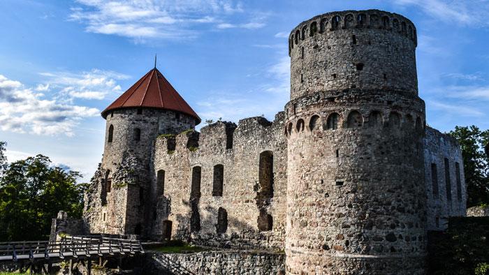 ruta-republicas-balticas-15-dias-castillo