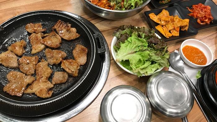 Razones-para-visitar-Corea-del-Sur-korean-bbq
