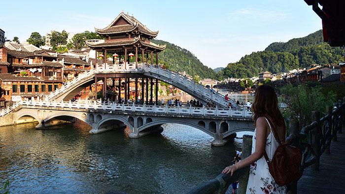 Que-ver-fenghuang-puente